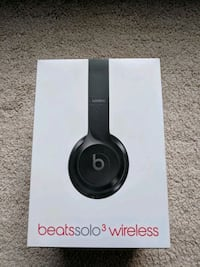 Authentic Apple Beats by Dr. Dre Solo 3 Wireless H Houston