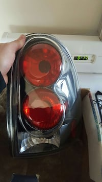 auto taillight West Allis, 53227