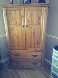 An armoire with matching set of nightstands Gilbert, 85234