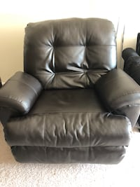 Chair Recliner oversize (black) Arlington, 22202