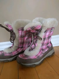 Girls Winter boots , Youth US 6