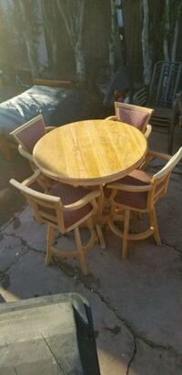 Dining table/chairs  San Diego, 92126