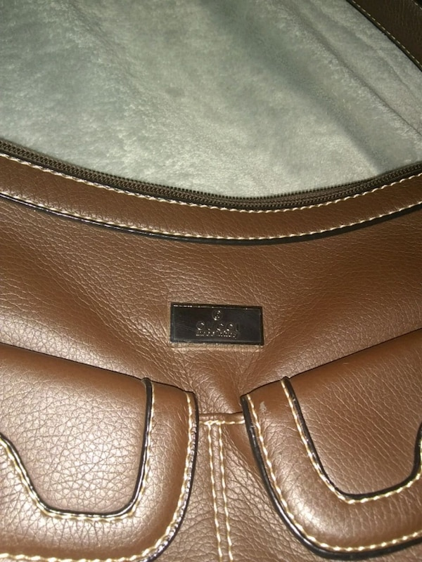 b8aba6e4e0d1 Used Gucci small purse for sale in South Bend - letgo
