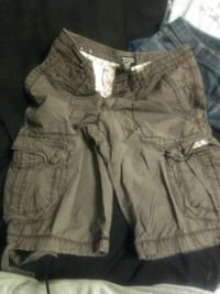 gray and black camouflage cargo shorts Baxter, 38544
