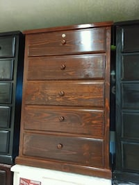 Pinewood dresser with lock  Lakewood, 90713