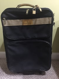 Londonfog black and brown suitcase