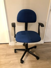 *Great Deal Blue Swivel Adjustable Chair Huntington Beach