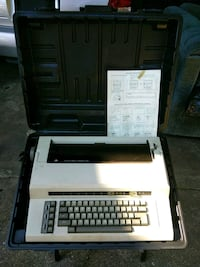 black and white typewriter with case Bladensburg, 20710