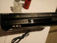 Sony DVD and VCR WORKS great 376 mi