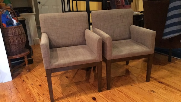 2 matching arm chairs , new condition. Living room, dining, or office.  $160.00 for the pair.