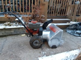 8hp snowblower with electric starter.