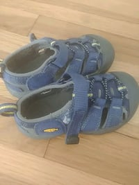 Keen size 7 blue sandals Nashua, 03064