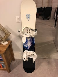 Snowboard , boots and bindings