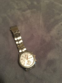 round silver-colored chronograph watch with link bracelet Langley, V2Y 2P9
