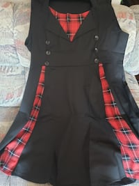 Black red plaid accent dress Frederick, 21702