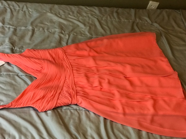 Size 6 coral bridesmaid dress brand new from David's bridal