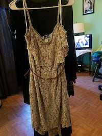 Lady' dress/3X Bedford Heights, 44146