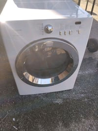 Dryer works good Free delivery 6 month warranty