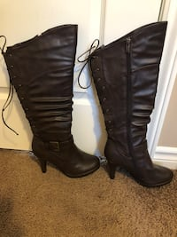 Size 8 brown boots  London, N5X 0H2