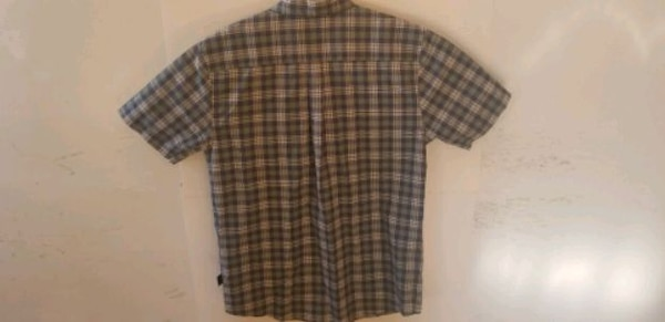 Men's large Patagonia button-up collared short sle a24fa548-dc36-4987-8627-a16e3f03a05b