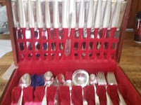 stainless steel cutlery set in case Bucyrus, 44820