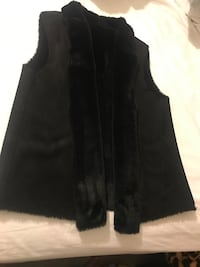 Velvet vest, black, size medium. 2388 mi