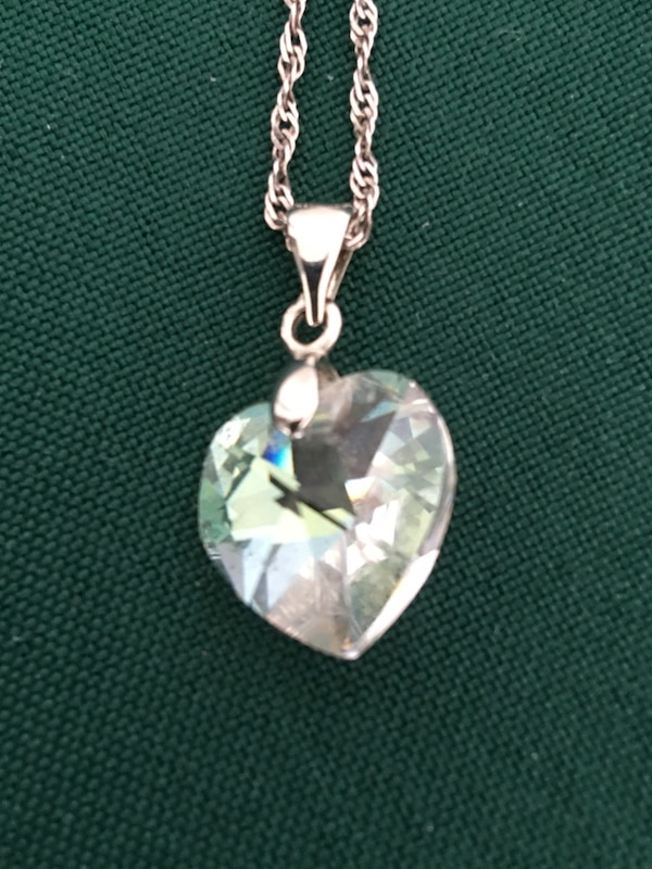 20 in Sterling Silver  Necklace with Swarovski Crystal Penant $40 0013fa4d-3ee4-4905-b231-e5648d3adf04