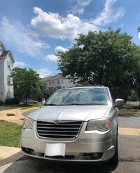 Chrysler - Town and Country - 2010 Herndon, 20171