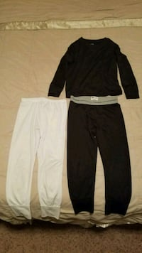 Boys black Fruit of the Loom thermals size 4-5 Lancaster, 75134