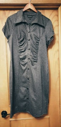 Voir voir Grey/black hounds tooth dress Calgary, T1Y 4P6