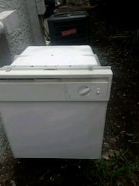 white front-load clothes washer Dallas, 75204