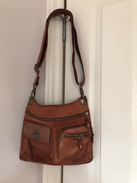 Roots satchel  London, N6K 0A1