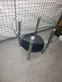 Glass side table  535 km