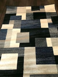 Brand new area rug 5'3x7ft