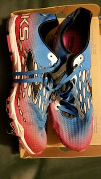 Brooks track shoes. Hagerstown, 21742