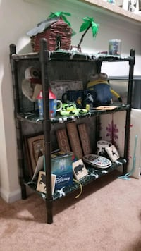 3 Rack shelve for decor and collectibles