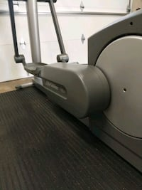 Life Fitness Elliptical 95Xi gym equipment Work St. Catharines