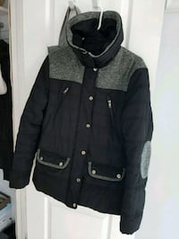 Women winter coat size M Windsor