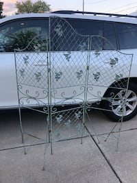 Folding metal screen for home or garden  West Islip, 11795