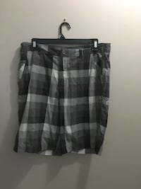 Men's 38 lululemon shorts