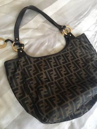 Women's black and brown leather fendi purse Los Angeles, 90018