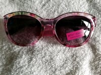 Betsy Johnson Sunglasses  Washington