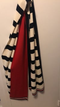 Hilfiger scarf Cambridge, N1S 1N6