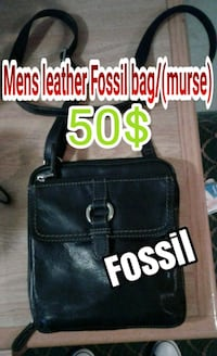 Mens Fossil leather bag..