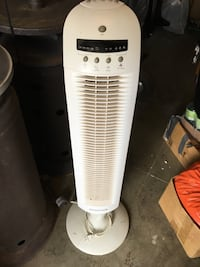 Rotating fan with remote Perris, 92571