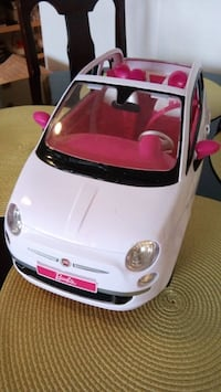 Barbie car toy Fiat 500