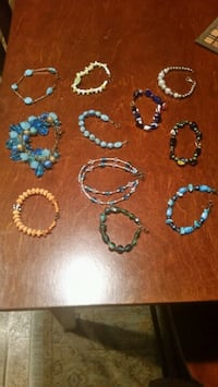 assorted color beaded necklace lot Saint Pauls, 28384