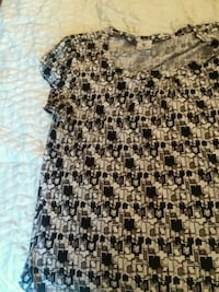 Black white and Gray geometric print blouse Raleigh, 27613