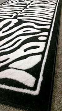 Black and White animal design Hallway Runner Rug 2X8 Carpet