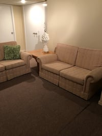 fabric 2-piece sofa set Toronto, M6B 1N1